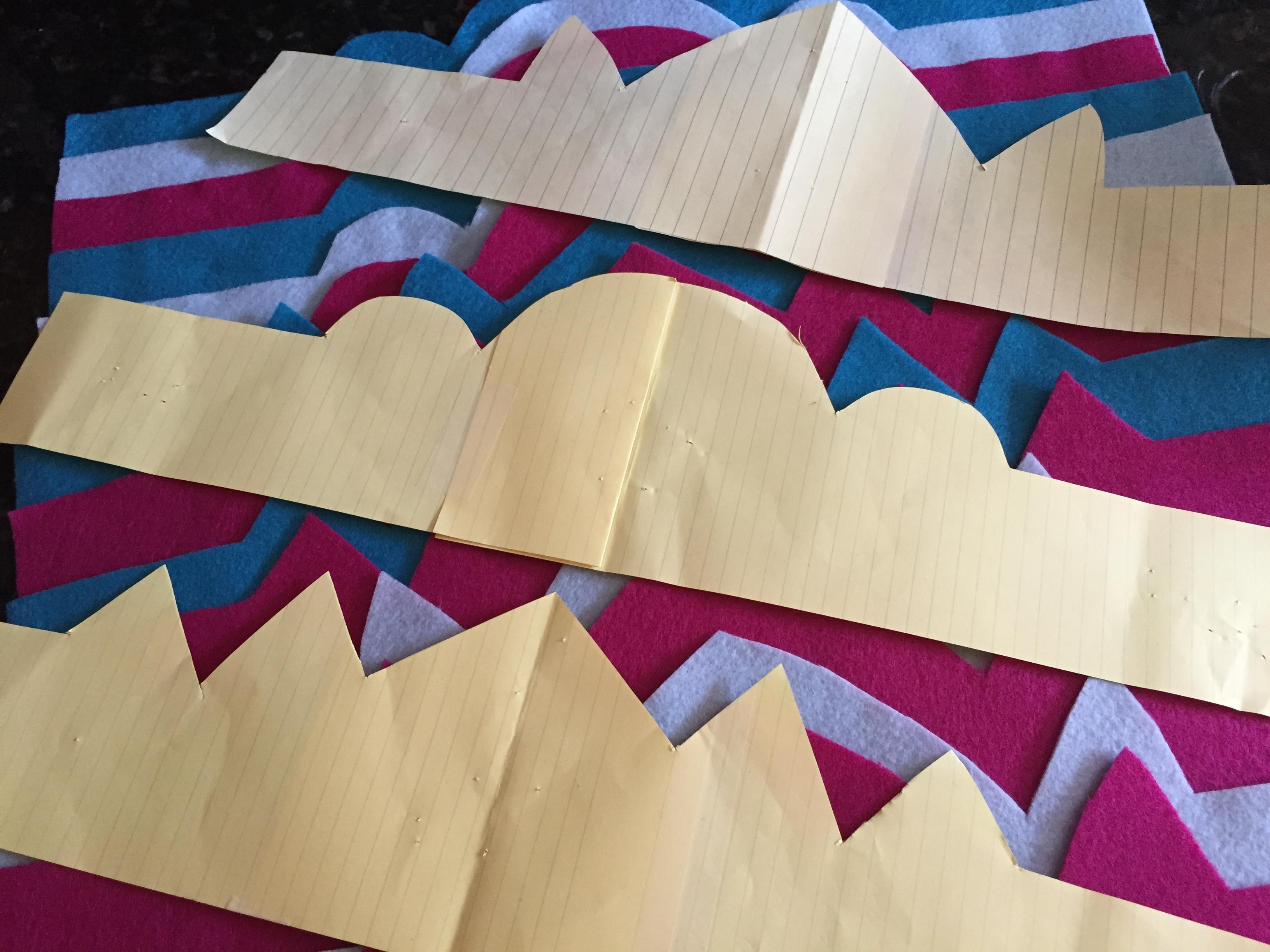 1. cut pattern for felt crowns
