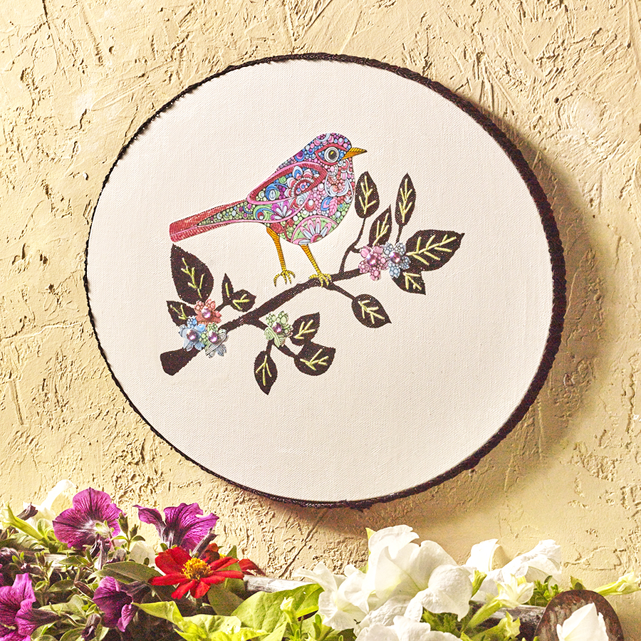 Idea for wall art with coloring pages and embroidery floss