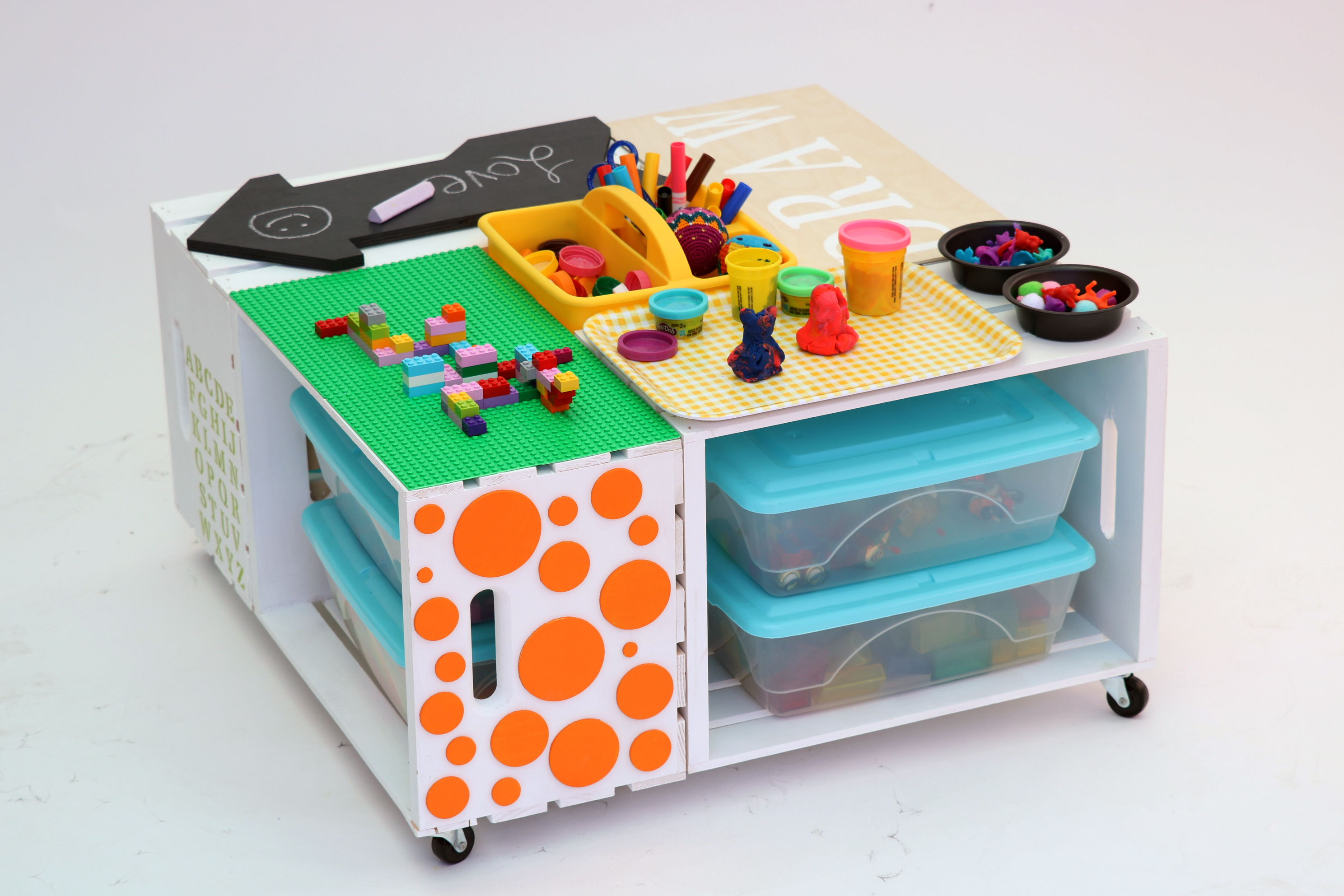 Kids Craft Area Polkadot Side