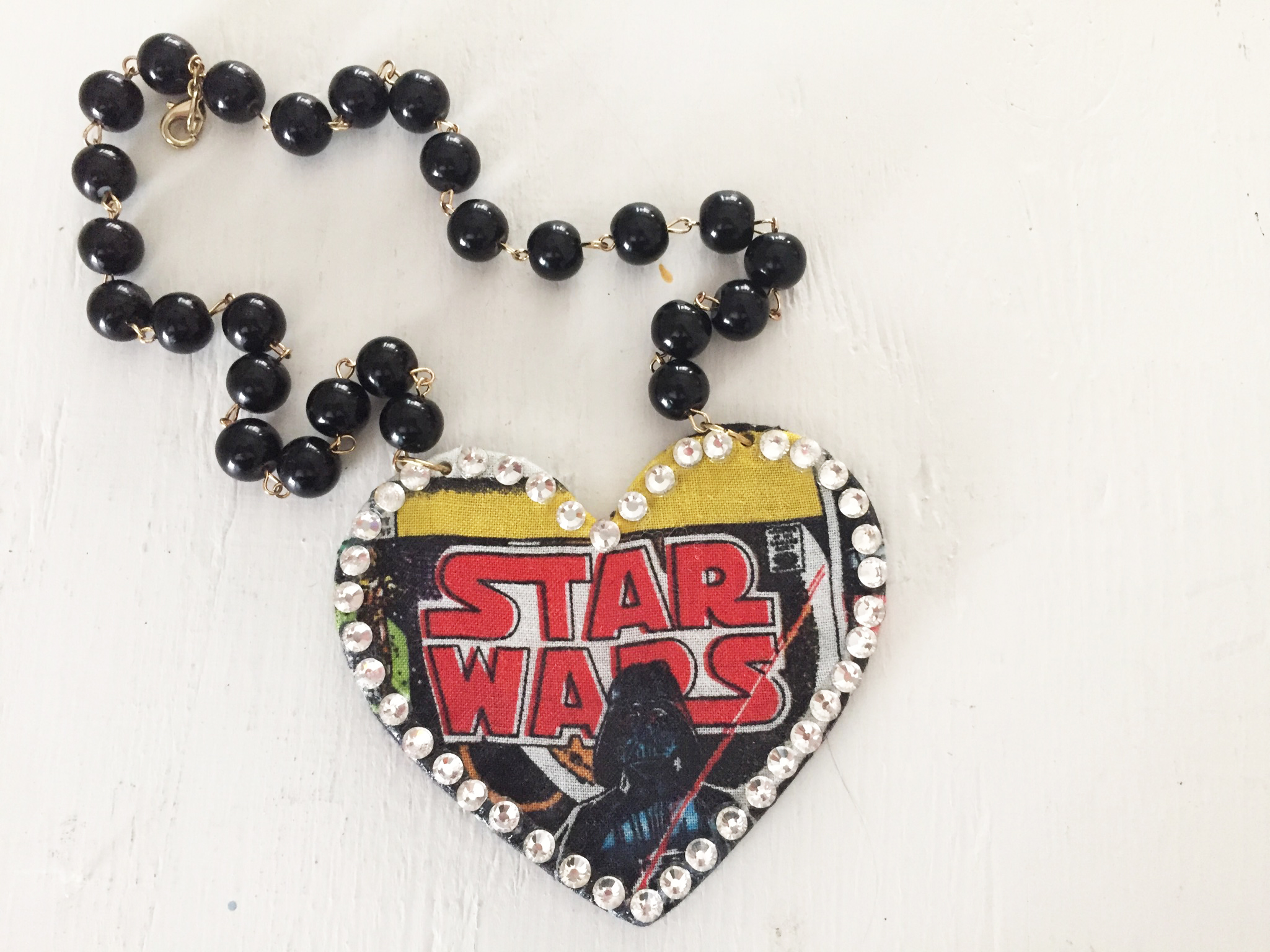 hero-necklace-star-wars