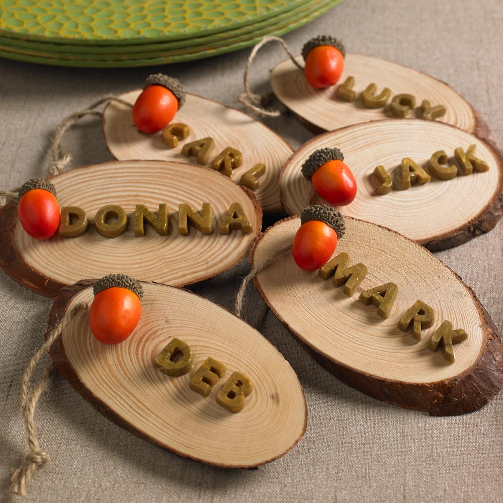 Fall Wedding Card Holder Ideas: Rustic Name Placecard Holders For Fall And Thanksgiving