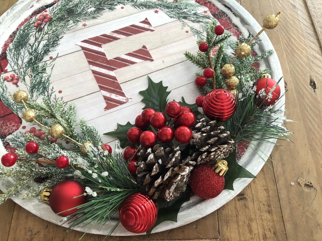 Dollar Store Pizza Pan Wreaths With Napkin Decoupage Handmade Happy Hour